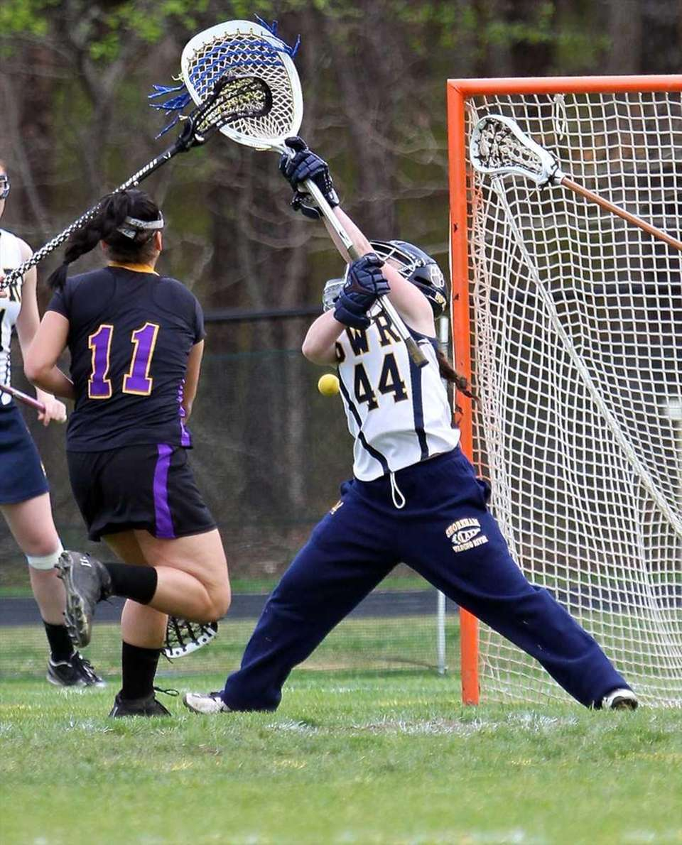 LAUREN DALY Goalie, Shoreham-Wading River, So.