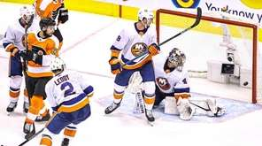 Islanders players and head coach Barry Trotz discussed