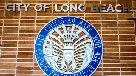 Long Beach officials say financial reserves have dwindled