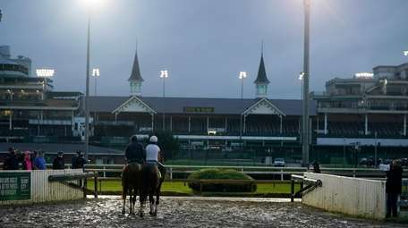 Exercise rider Heather Smullen takes Kentucky Derby entry