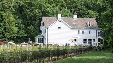 Harmony Vineyards, built in 1690, in Head of