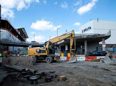 New roads are under construction at LaGuardia Airport