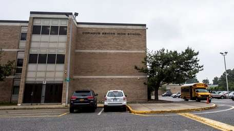 There are almost 5,000 students in the Copiague