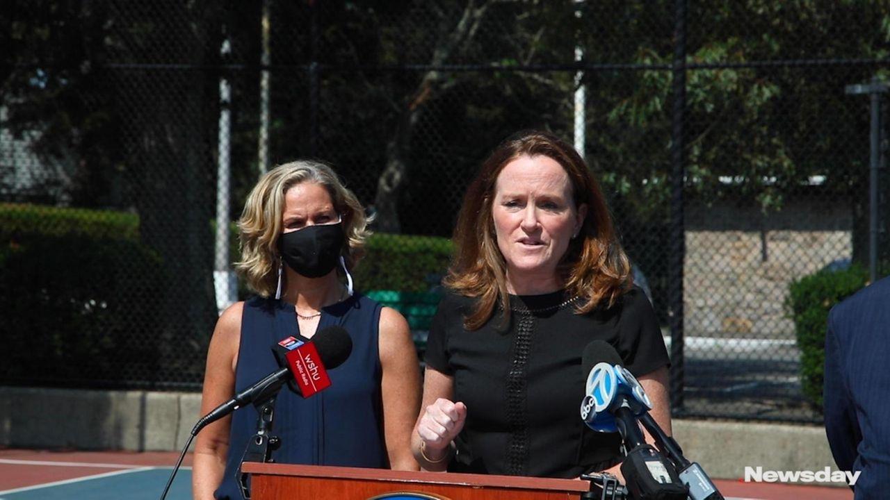 Rep. Kathleen Rice and Nassau County Executive Laura