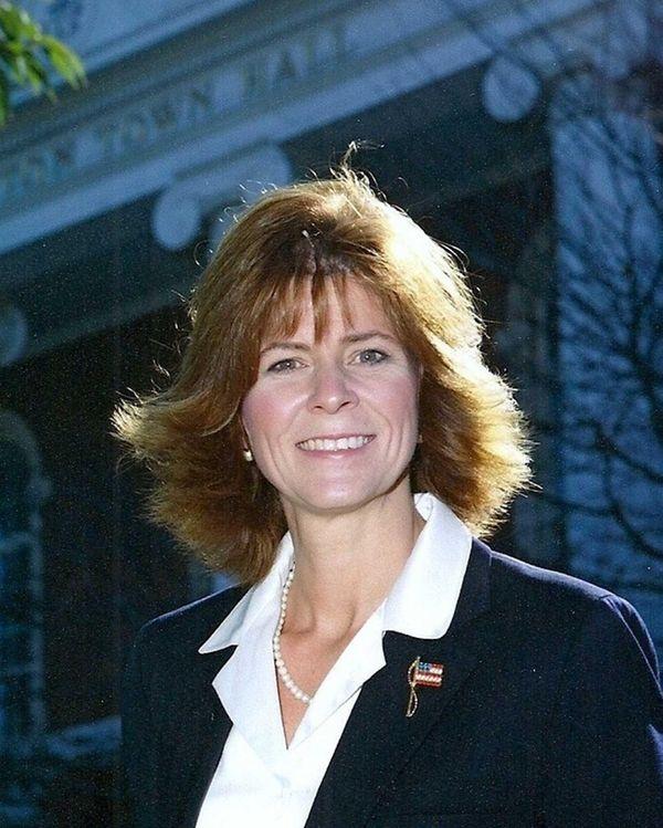 Former Southampton Supervisor Linda Kabot.