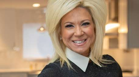 """Theresa Caputo's new book """"Good Mourning"""" comes out"""