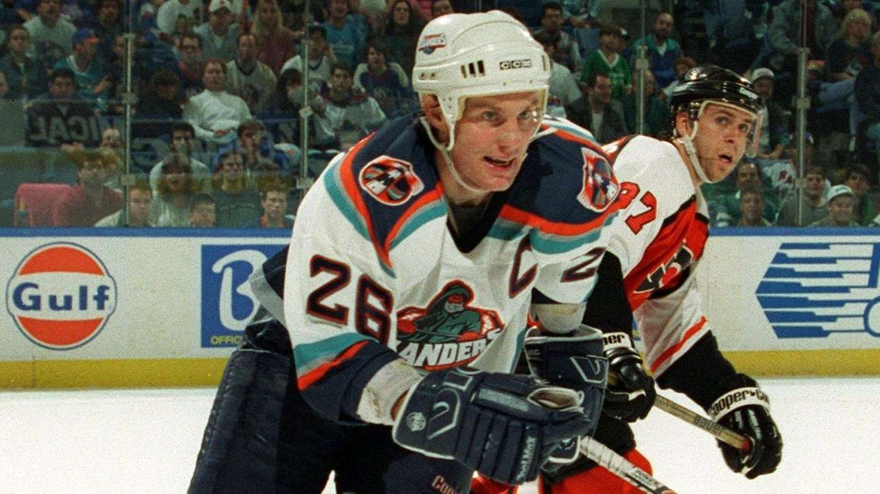 Flatley sees similarities between Isles' 1993 run and this one