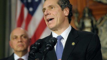 Richard Iannuzzi, left, president of New York State
