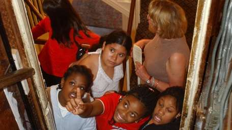 Students from Powells Lane School visit the Maine