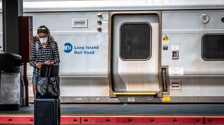Metropolitan Transportation Authority and state officials want commuters
