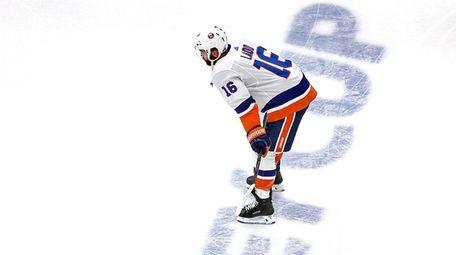 Andrew Ladd of the New York Islanders skates
