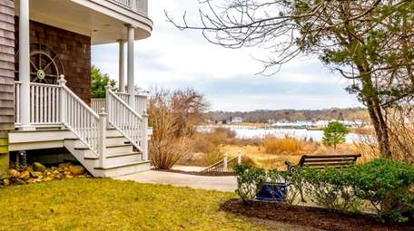 The property has deeded access to the waterfront