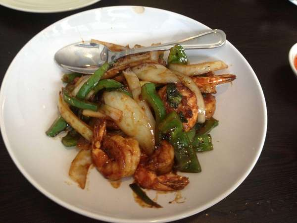This is spicy basil shrimp at Thai Coconut