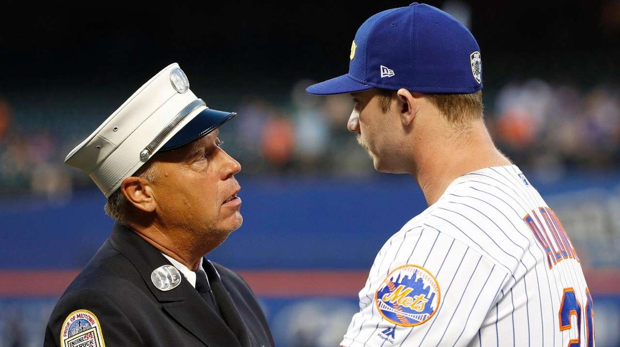 Pete Alonso On Mets Wearing First Responder Hats I M Really Really Happy About It Newsday