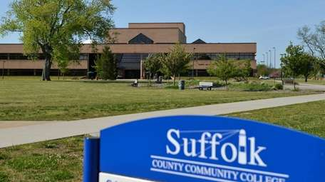 An exterior view of Suffolk County Community College