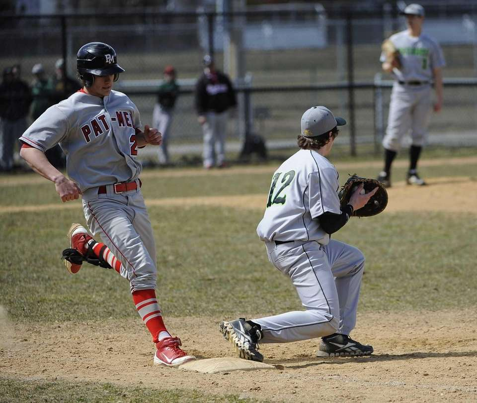 Ward Melville first baseman Mark Lyman gets Patchogue-Medford's