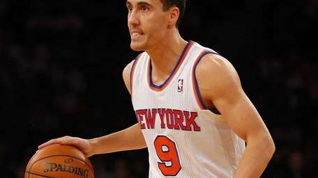 Pablo Prigioni of the Knicks controls the ball