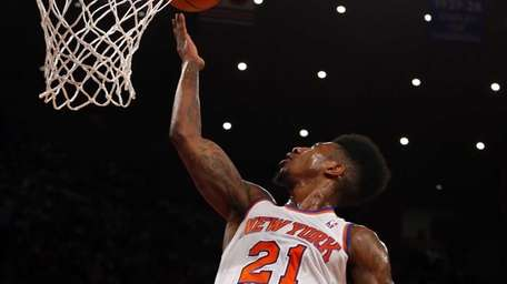 Iman Shumpert of the Knicks goes for a