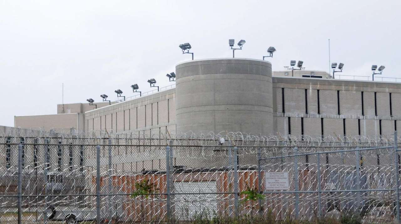 A state statistic shows the number of inmates
