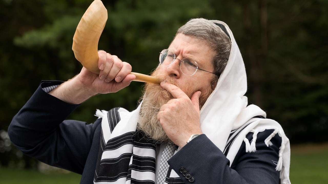 Rabbi Mendy Heber of Chabad of Brookville and