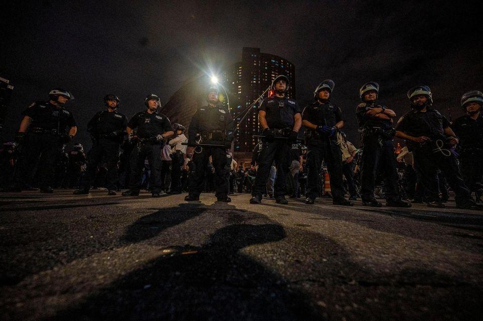 Police guard the entrance to the Manhattan Bridge