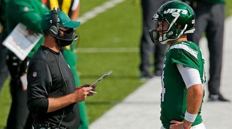 New York Jets head coach Adam Gase, left,