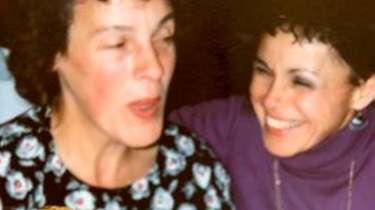 Pen pals Janice Edwards, left, and Diane Doxey