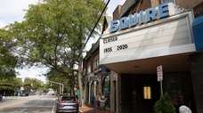 Squire Cinemas in Great Neck announced Friday that