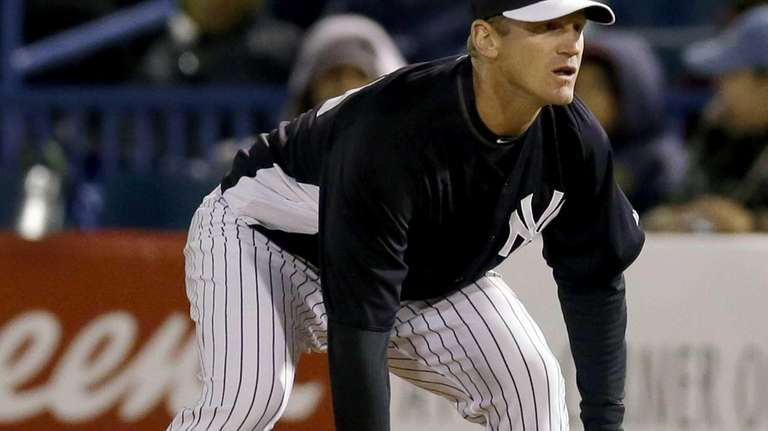 Yankees' Lyle Overbay plays first base in a