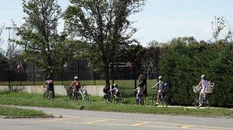 Bicyclists on Rock Hall Road