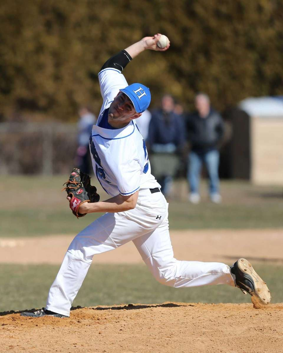 Hauppauge Pitcher Nick DelRe pitches in the third