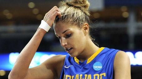 Delaware's Elena Delle Donne reacts in the final