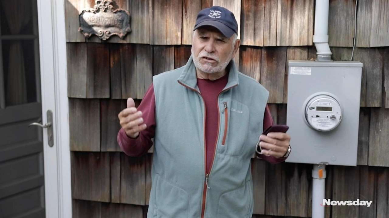 Stony Brook resident Harry Resnick lost power for