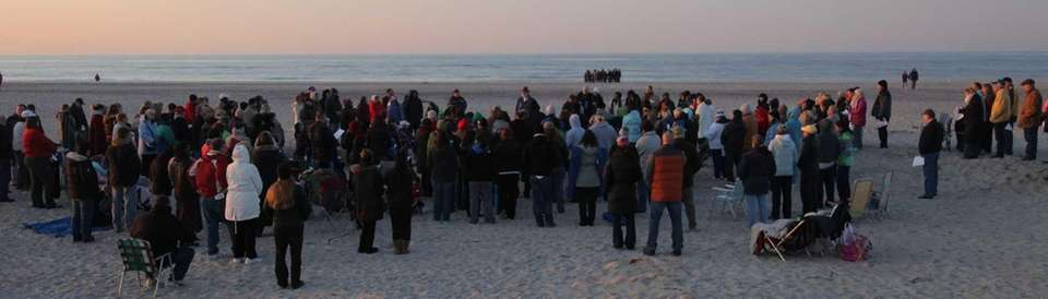 Worshipers gather for Easter sunrise service at Jones