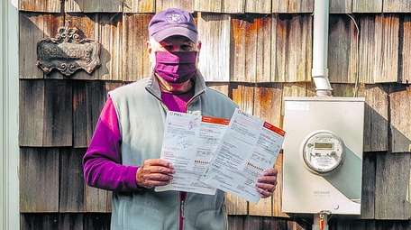 Harry Resnick saw his August electricity bill from