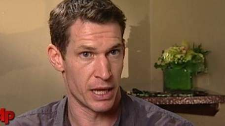 Oscar-nominated film director and war photographer Tim Hetherington