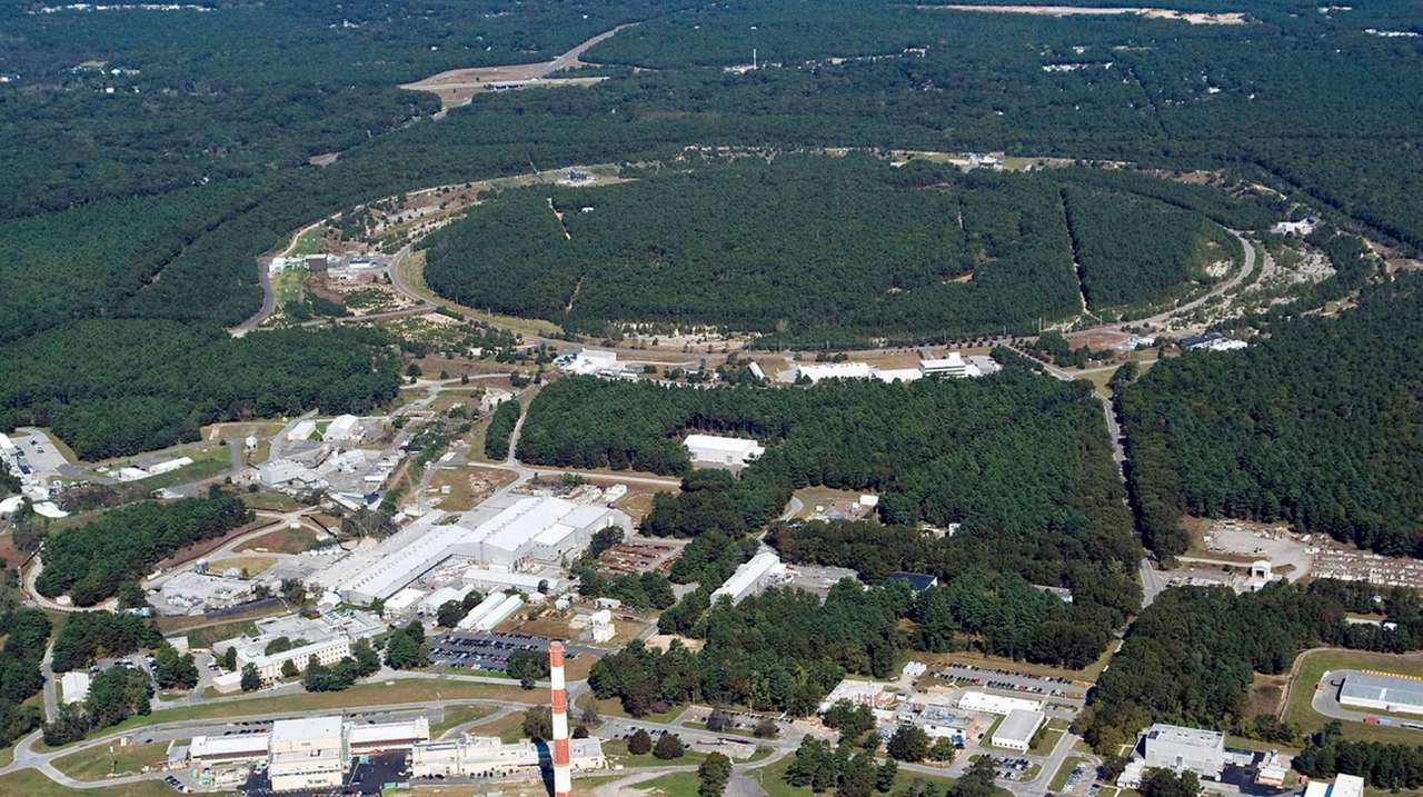 Leaders envision turning Brookhaven Lab into a Silicon Valley