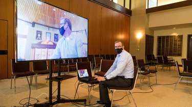 Synagogues across Long Island are preparing for virtual
