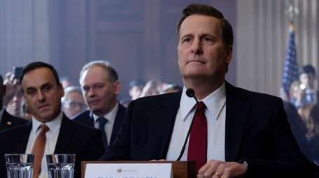 """Jeff Daniels as James Comey in """"The Comey"""