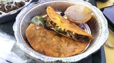 Tacos de birria at Taco Island, a new