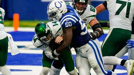 Indianapolis Colts defensive end Justin Houston (50) sacks
