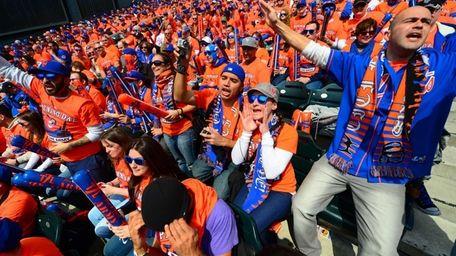 FLUSHING, NY. MONDAY APRIL 1, 2013. Mets fans