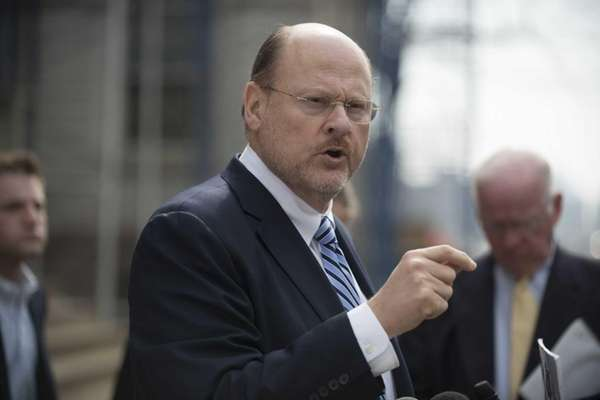 Mayoral candidate Joe Lhota called for Speaker Christine