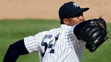 Yankees closer Aroldis Chapman went 1-1 with a