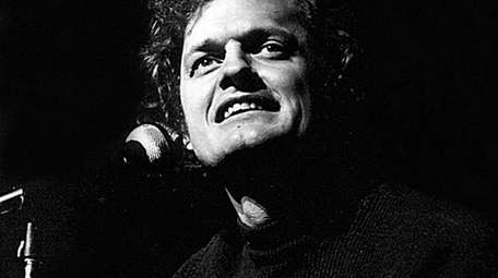 "Harry Chapin performs in a scene from ""Harry"