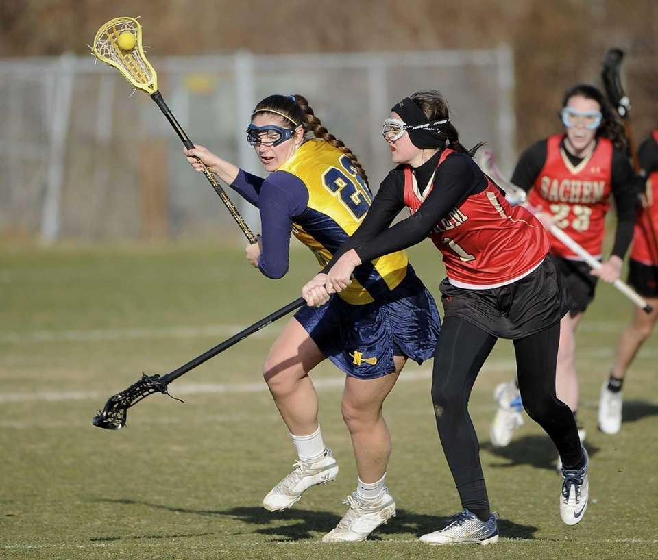 Northport midfielder Dorrien Van Dyke is defended by
