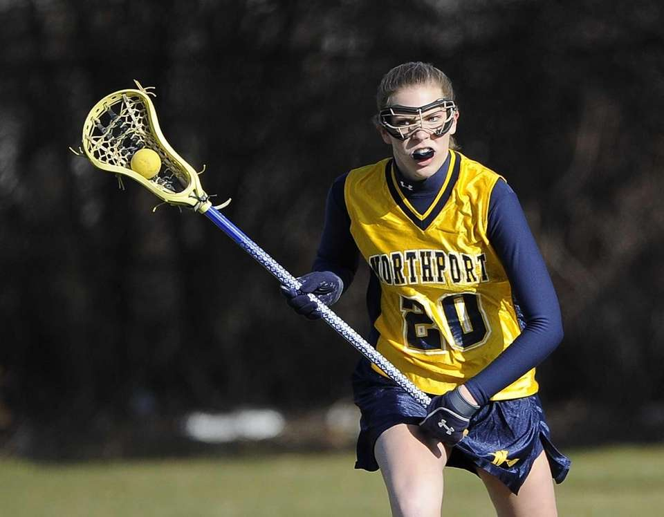 Northport attacker Julia Sarcona looks to pass against