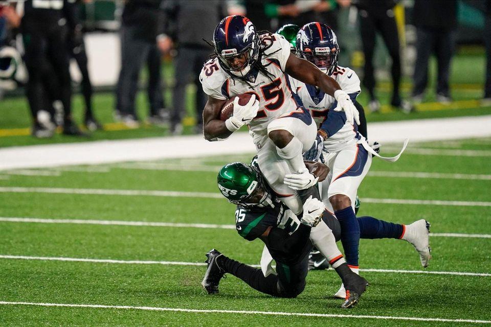 Denver Broncos running back Melvin Gordon (25) is