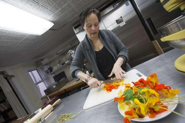"""Cooking with Flowers"" author Miche Bacher uses natural"