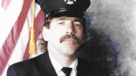 FDNY's Robert Gless died Oct. 25, 2016, from
